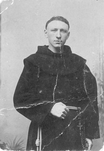 Graman Pater Rembertus 19__ Portret uit Familiealbum