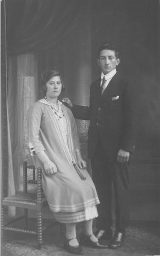 Granneman Maria Theodora 192_ Verloving met Leonardus Johannes Molenaar