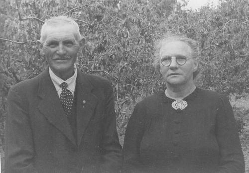 Groef Abraham vd 1882 19__ Portret met vrouw 02