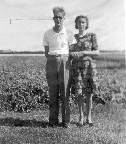 Groef Cor vd 1911 19__ met vrouw Trijntje Schijff