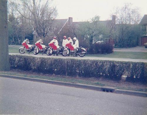 Hmeer Politie 197_ bij de Motoren langs Kruisweg 01