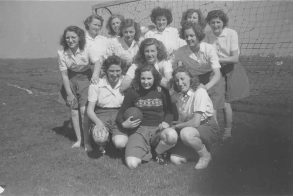 Handbal Vijfhuizen 1949 Kampioen 01