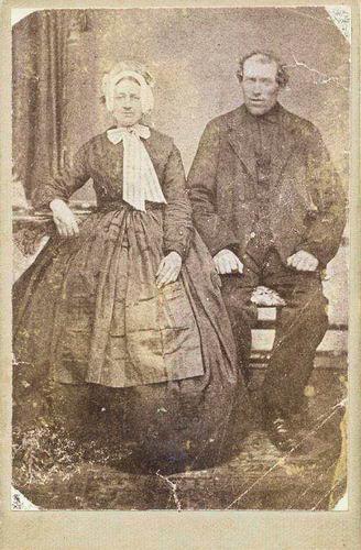 Heuvel Matthijs Lzn vd 1838 19__ met 1e vrouw Anna Lankhaar