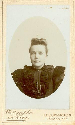 <b>ZOEKPLAATJE:</b>Veen Johannes K van der 1875 19__ Portret Onbekend Familie 01