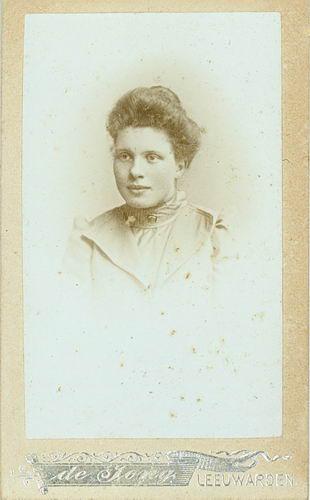 <b>ZOEKPLAATJE:</b>Veen Johannes K van der 1875 19__ Portret Onbekend 02