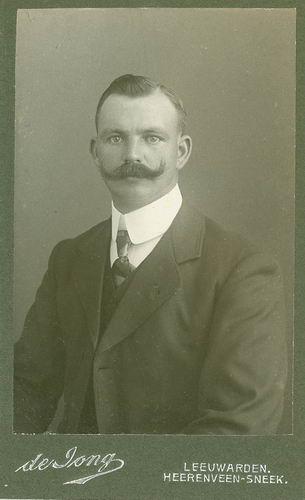 <b>ZOEKPLAATJE:</b>Veen Johannes K van der 1875 19__ Portret Onbekend Broer 01