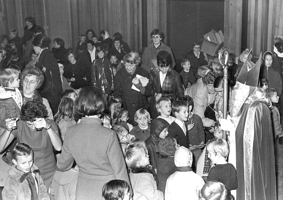 Hoofddorp 1969 bij Intocht Sinterklaas 02