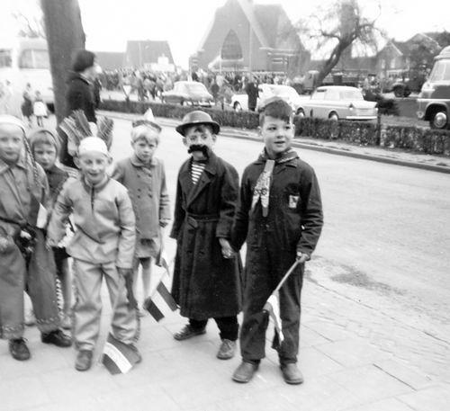 Hoofddorp Koninginnedag 196_ door Riet Floor 01