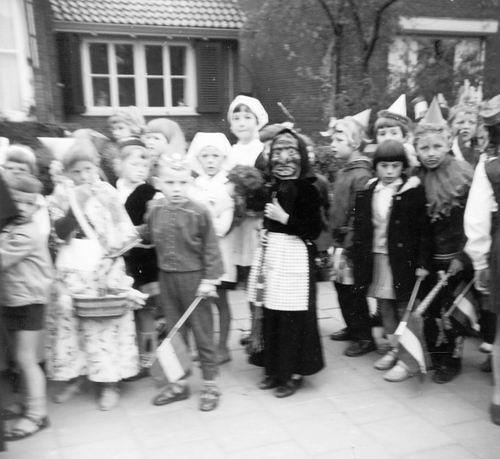 Hoofddorp Koninginnedag 196_ door Riet Floor 02