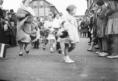 Hoofddorp Koninginnedag 196_ door Riet Floor 13