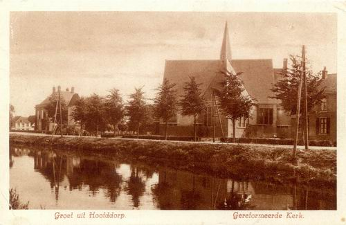 Hoofdweg O 070_ 1931 zicht naar Geref Kerk 02 bruin