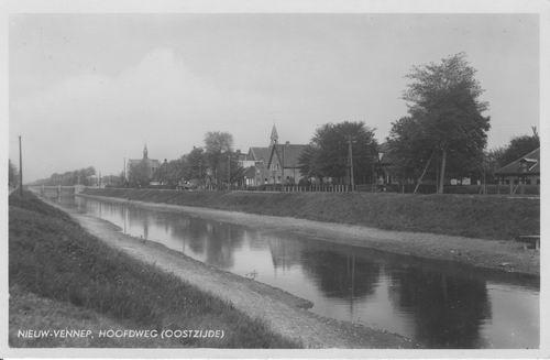 Hoofdweg O 136_ 1939 met later Huize C v Stam