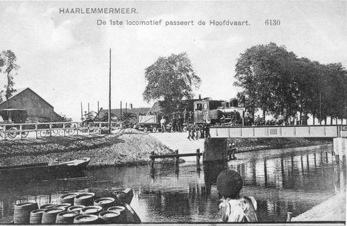 Hoofdweg W 066_ 1912 Spoorbrug met 1e Trein