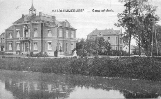 Hoofdweg W 0671 1920 Raadhuis 04