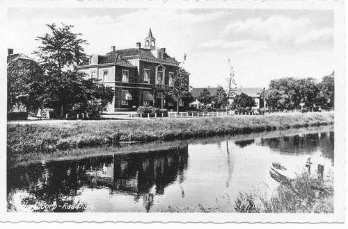 Hoofdweg W 0671 1943 Raadhuis Overbelicht