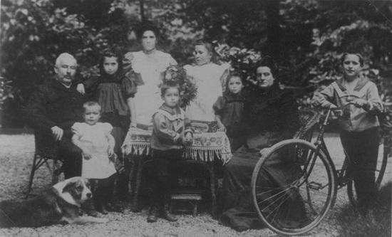 Hoofdweg W 0689 Groot Hendrikus de 1911-14 Gezinsfoto