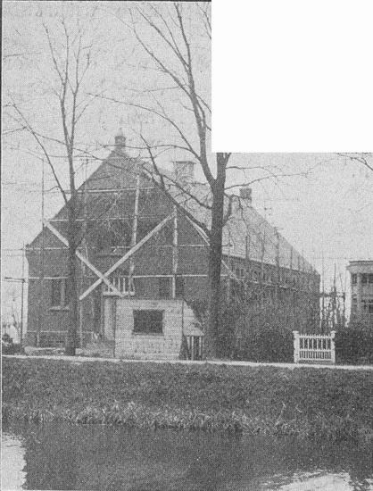 Hoofdweg W 0691 1911 in de Steigers