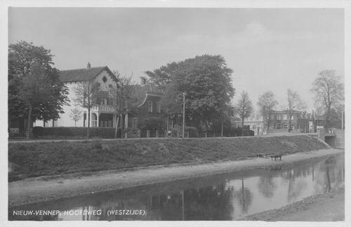 Hoofdweg W 1179 1936 met 1177 en de Gouden Leeuw