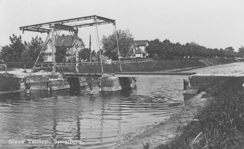 Hoofdweg W 123_ 1940 Spoorbrug en Woonhuis Bijdorp