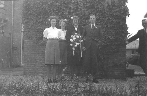Hoogdalem Riemke v 19__ trouwt Jo Deddens 01