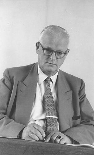 Hoogdalem Simon v 1890 1956 Portret