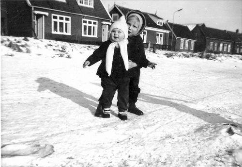 Huigsloterdijk 0042-35 1963 met Piet Schijff op de Ringvaart
