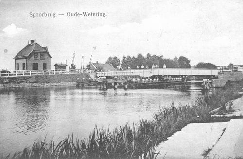 Huigsloterdijk 005_ 1915 Oude Wetering Spoorbrug en -huis