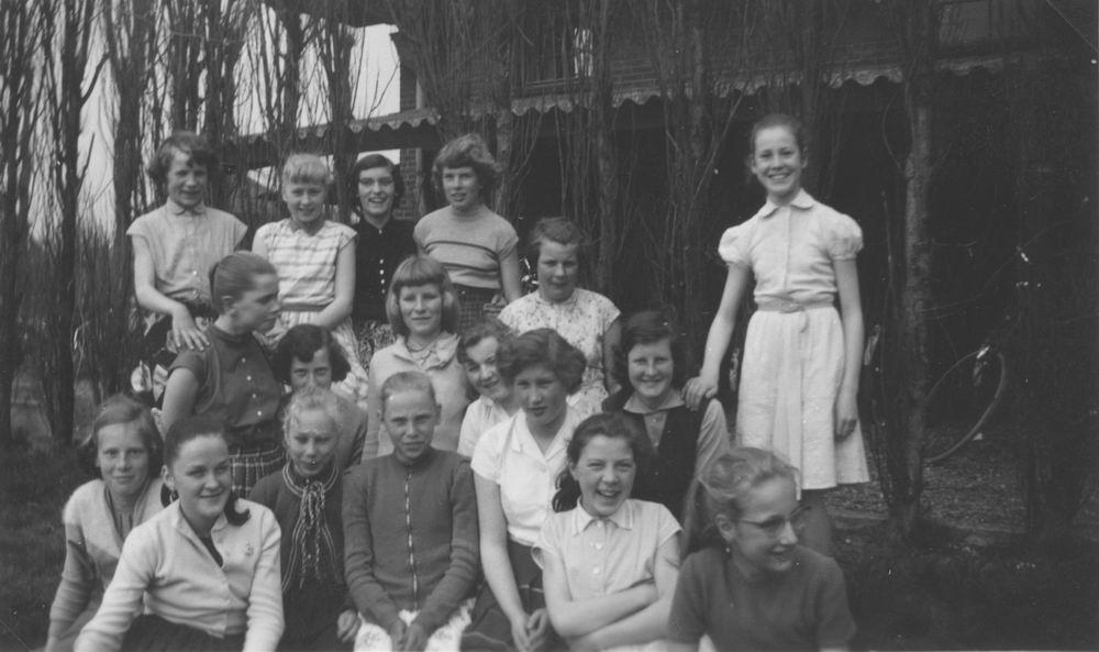 Huishoudschool Hoofddorp 1958 1e Klas