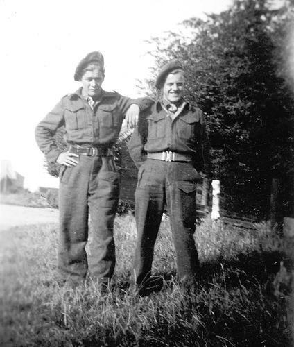 Hunneman Klaas 1913 19__ Soldaat met Antonie Lankhaar