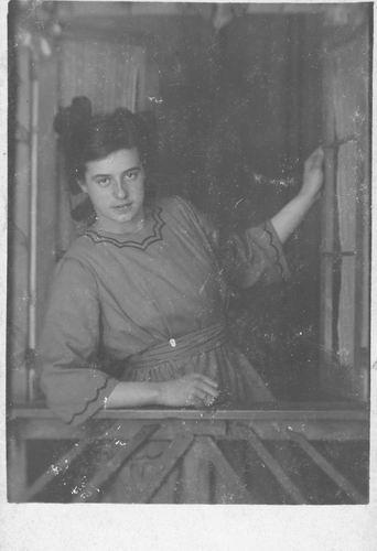 <b>ZOEKPLAATJE:</b>Immink_Onbekend_Fotograaf_in_Utrechtschestraat_1920