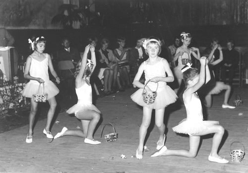 Kindercircus 1965 Slotuitvoering in Hoofddorp 01