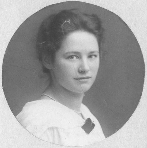 Kofoed Jens 1899 192- Portret vrouw Adriana W Schornagel