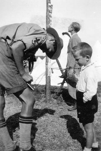 Koning Joop de 1930 1937 verzamelt Handtekeningen op Jamboree 01