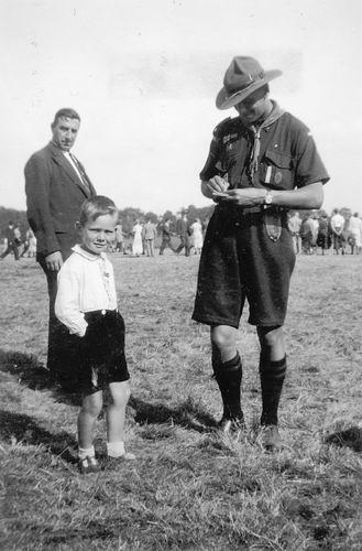 Koning Joop de 1930 1937 verzamelt Handtekeningen op Jamboree 03