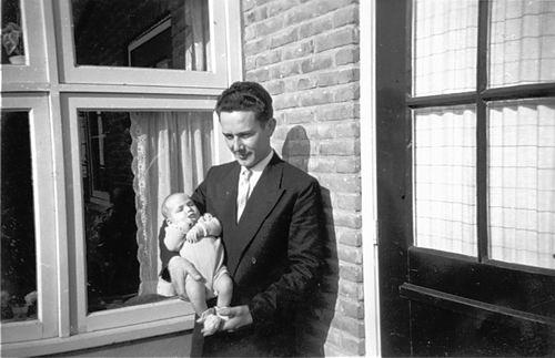 Koning Joop de 1930 1957 met zoontje Pieter