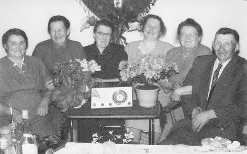 Moerman Koos 1895 19__ met vrouw Jo Saarloos en Familie 01