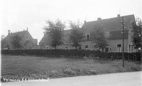 Kromme Spieringweg O 0394 193_ RK Kerk en School