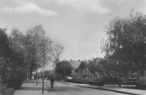 Kromme Spieringweg O 040_ 1964 bij de Dageraad.jpg