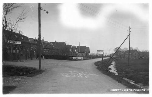 Kromme Spieringweg W 0489-467 1936 met oa Cafe de Eendracht