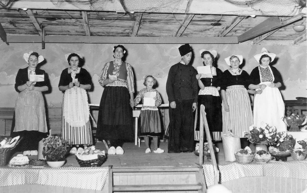 Kromme Spieringweg W 0515 1951 Bazar tbv Kerk 01