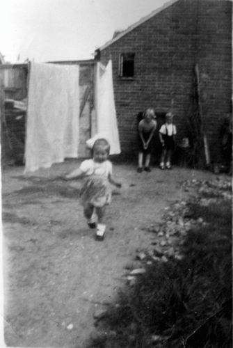 Kruislaan 0014 1950 Erf achter huis