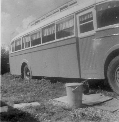 Kruislaan Z 0004 1954-58 Woonbus bij Reinders
