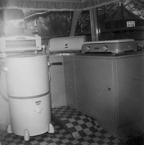 Kruislaan Z 0004 1954-58 Woonbus bij Reinders - Keuken