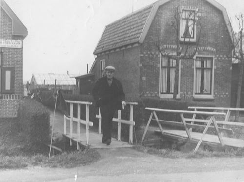 Kruisweg N 0323 1938 met Jozeph v Tienderen