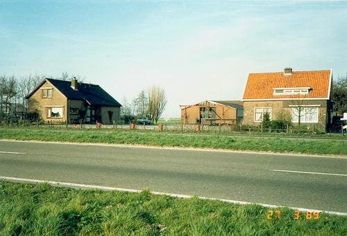 Kruisweg N 0413- 198903 Huize Peet v Vliet ea