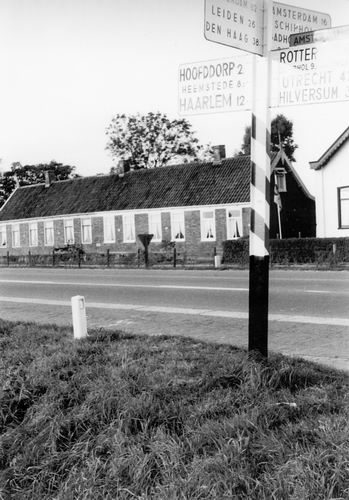 Kruisweg N 0683-693 1960 met Wegwijzer