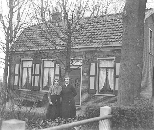 Kruisweg N 0873 19__ Huize Pieter G Oskam