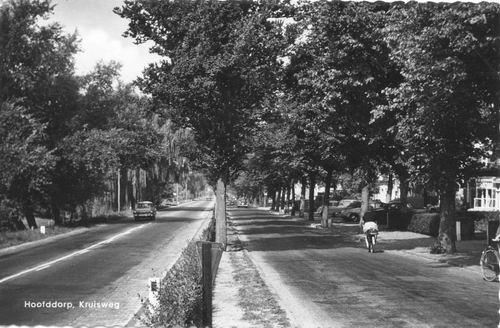 Kruisweg N 1017 ev 1960 naar W