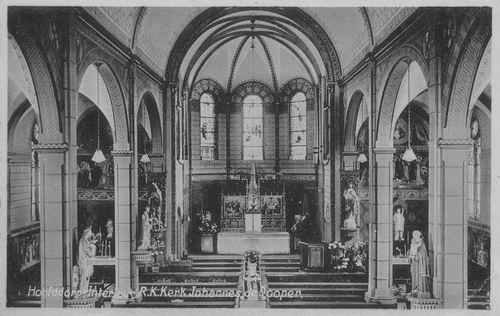 Kruisweg N 1069 0007 RK Kerk Interieur