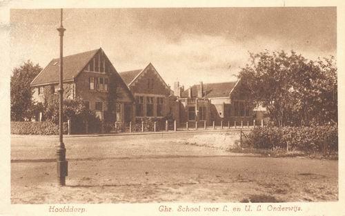 Kruisweg Z 0638 1935 Chr School voor LO en ULO